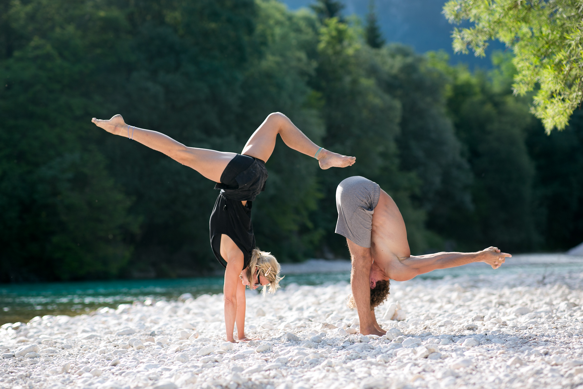 me_and_leander_yoga_1920px